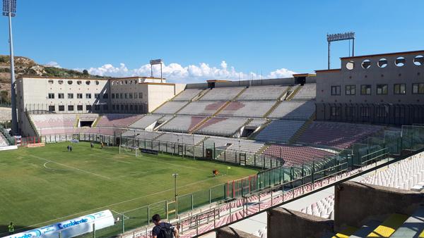 Messina-Locri si disputerà a porte chiuse… o forse no