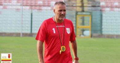 Novelli ha convocato 20 calciatori per il match d'esordio contro la Cittanovese
