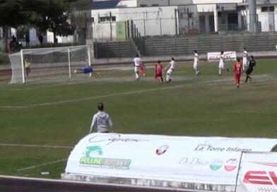 Il Messina supera fuori casa l'ostico Castrovillari e mantiene la testa della classifica – VIDEO