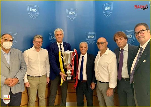 Consegnata al presidente Sciotto la coppa per la vittoria del campionato di serie D