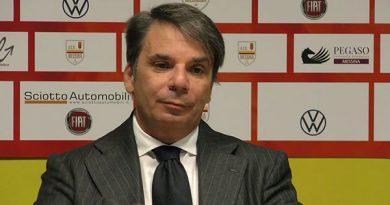 Mister Capuano ha convocato 23 calciatori per il match contro la Vibonese